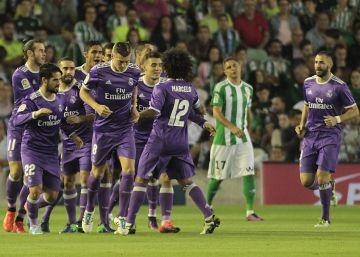 El Madrid se olvida de su crisis con una goleada