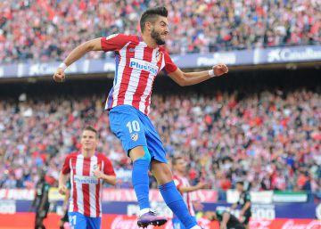 El Atlético vapulea al Granada con un Carrasco desatado