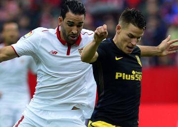 El Sevilla se impone al Atlético de Madrid y se coloca líder