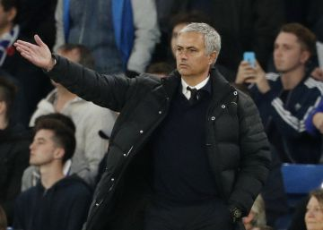Tropiezo de Guardiola; descalabro de Mourinho