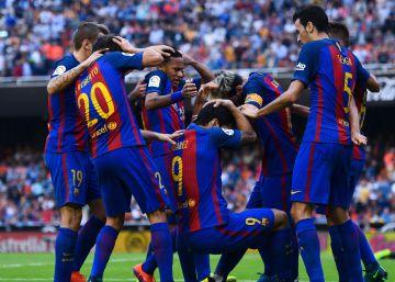 Multa de 1.500 euros al Valencia por los incidentes en Mestalla