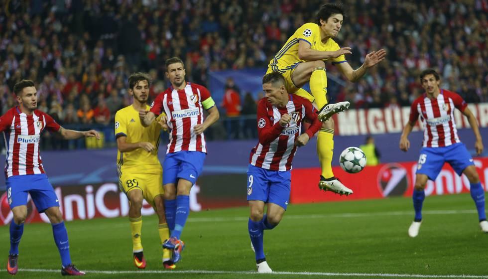 Torres buscando el gol