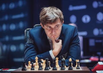 Kariakin juega a ganar, y Carlsen empata de milagro