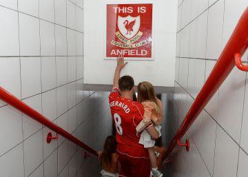 Gerrard anuncia su retirada
