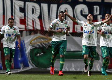 El fútbol argentino ofrece sus jugadores a Chapecoense
