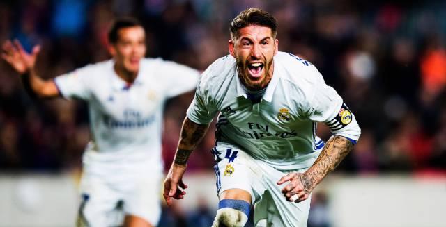 Ramos celebra su gol en el Camp Nou