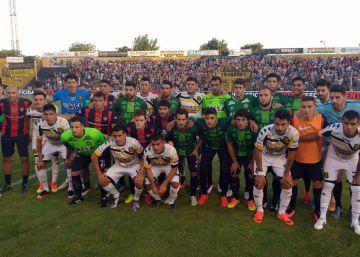 El fútbol argentino viste el escudo del Chapecoense
