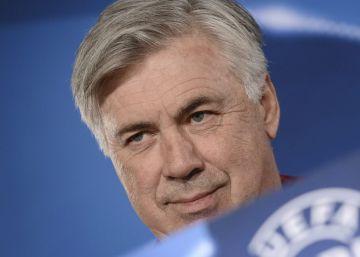 El entrenador del Bayern de Múnich Carlo Ancelotti durante la rueda de prensa previa al partido