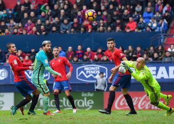 El Barça golea a Osasuna en El Sadar