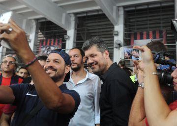 Macri ya no pagará el fútbol por televisión y la AFA busca operador