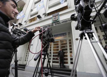 El fútbol argentino intenta evitar el caos y pone fecha para sus elecciones