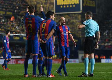 El Barcelona pide al equipo que no hable de los árbitros