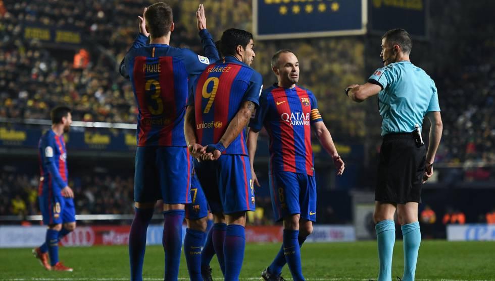 Resultado de imagen para barcelona arbitros pique