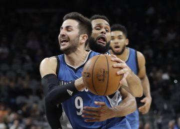 Los Spurs doblegan a un Ricky en estado de gracia