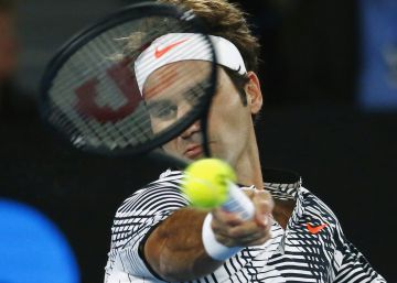 Federer cambia de 'Stradivarius'