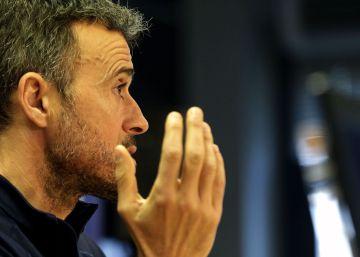 """Luis Enrique: """"Ninguno se parece a Iniesta. Ni de esta plantilla ni del fútbol mundial"""""""