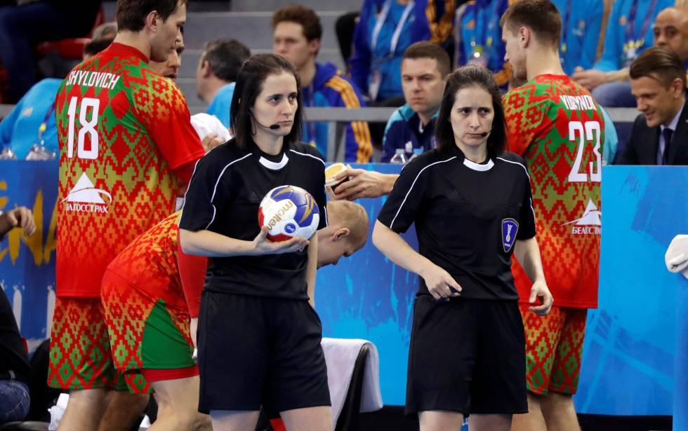 Las gemelas Bonaventura, en un partido del Mundial.