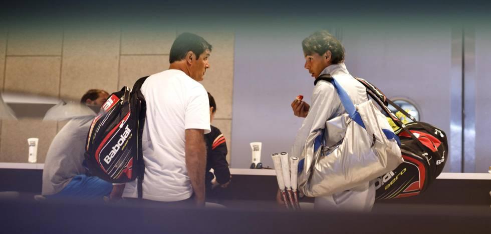 Toni y Rafa charlan en un reservado del Masters de Madrid, en 2014.