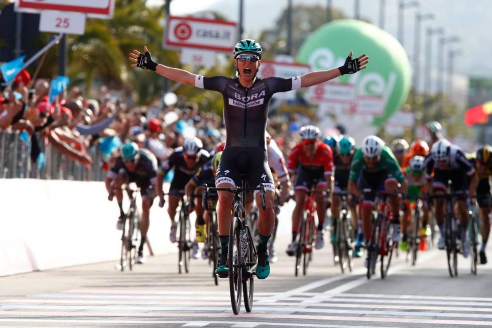 Campanazo de Lukas Pöstlberger para ganar la primera etapa