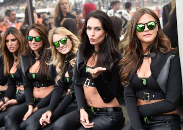 "Spain's paddock girls: a touch of glamor or ""hypersexualized?"