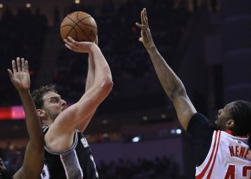 Los Spurs someten a los Rockets