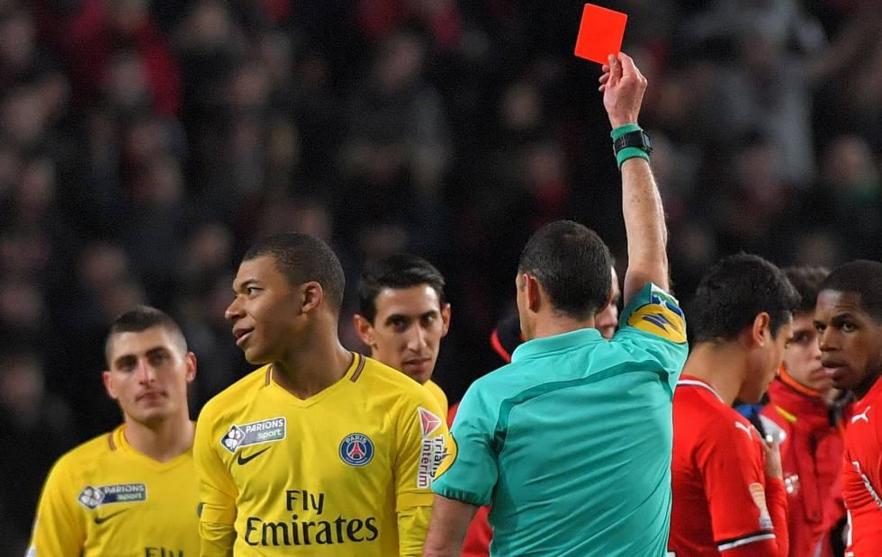 Mbappé fue sancionado con tres partidos