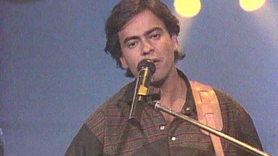 Enrique Urquijo.