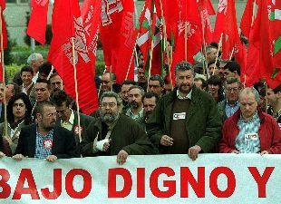 Cándido Méndez y José María Fidalgo encabezan una manifestación en diciembre de 2000.