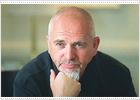 Peter Gabriel defiende la música que ayuda a abrir las conciencias