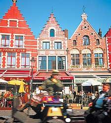 Construcciones de fachada escalonada en Gante, una de las ciudades del Flandes belga.