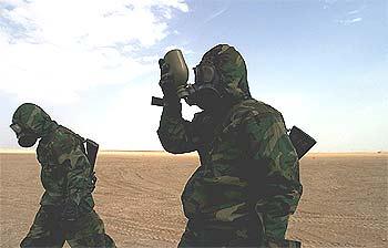 Maniobras de los  marines  estadounidenses cerca de la frontera de Irak con Kuwait.
