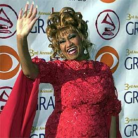 Celia Cruz, en la tercera edición de los  grammy  latinos en septiembre de 2002.