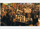 Más de 500 personas salen a la calle en Quart de Poblet para protestar contra el cierre de la planta de MB