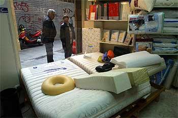 El tipo de colchón influye sobre la evolución de la lesión lumbar.