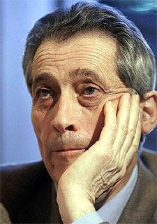 Enrico Bondi.