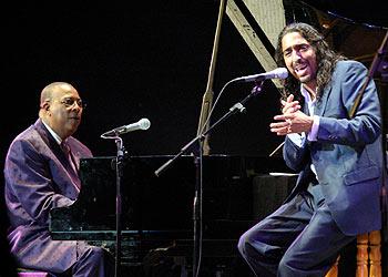 Chucho Valdés y Diego el Cigala, durante su concierto en La Habana.