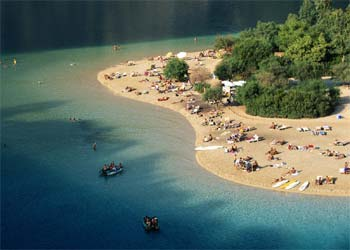 Sorpresas playeras al sur de turqu a edici n impresa for Oficina turismo turquia