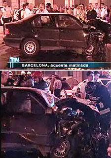 Imágenes del coche de los dos fugados tras la colisión en la confluencia de la calle de Balmes y la Ronda de la Universitat.