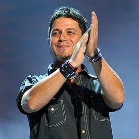 Alejandro Sanz, el pasado viernes, durante el concierto inaugural de su gira española en A Coruña.