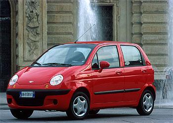 El Daewoo Matiz es el automóvil más barato del mercado. Un coche de ciudad con un diseño simpático y actual, y una mecánica de gasolina con consumos ajustados.