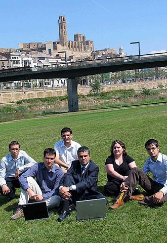 Operarios de la fábrica de Lleida.