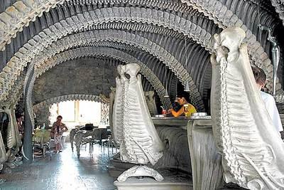 El castillo del octavo pasajero edici n impresa el pa s for Oficina de turismo de suiza en madrid