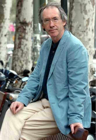 Ian McEwan, ayer en Barcelona.