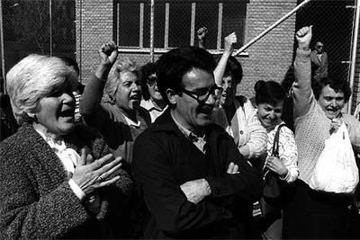 Manuel Pérez Martínez, el  camarada Arenas,  al salir de la cárcel de Soria en 1984.