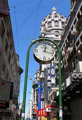 Buenos Aires atrae inversiones inmobiliarias españolas.