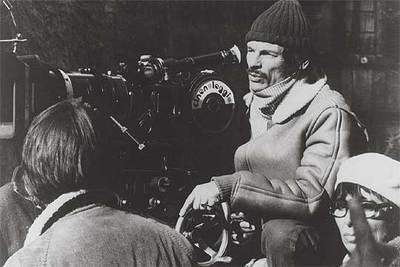 El cineasta ruso Andréi Tarkovski (Zavraje, antigua URSS, 1932-París, 1986), durante un rodaje.