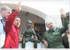 Castro y Chávez visitan la casa de la infancia del Che