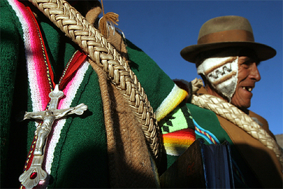 Reunión  aymara  sobre la Asamblea Constitucional en el pueblo de Curahuara de Carangas (Bolivia), el pasado junio.