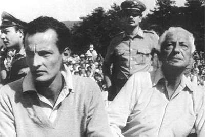 Giovanni Agnelli, el  Avvocato , junto a su hijo Edoardo, a la izquierda, que se suicidó hace seis años.