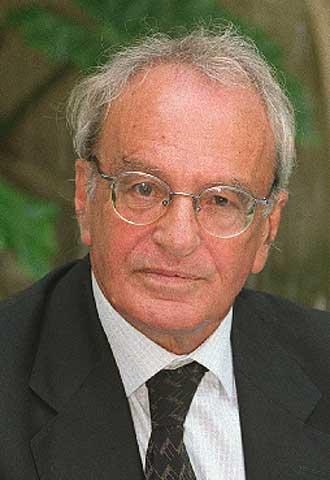 Carlos Luis Álvarez,  Cándido.